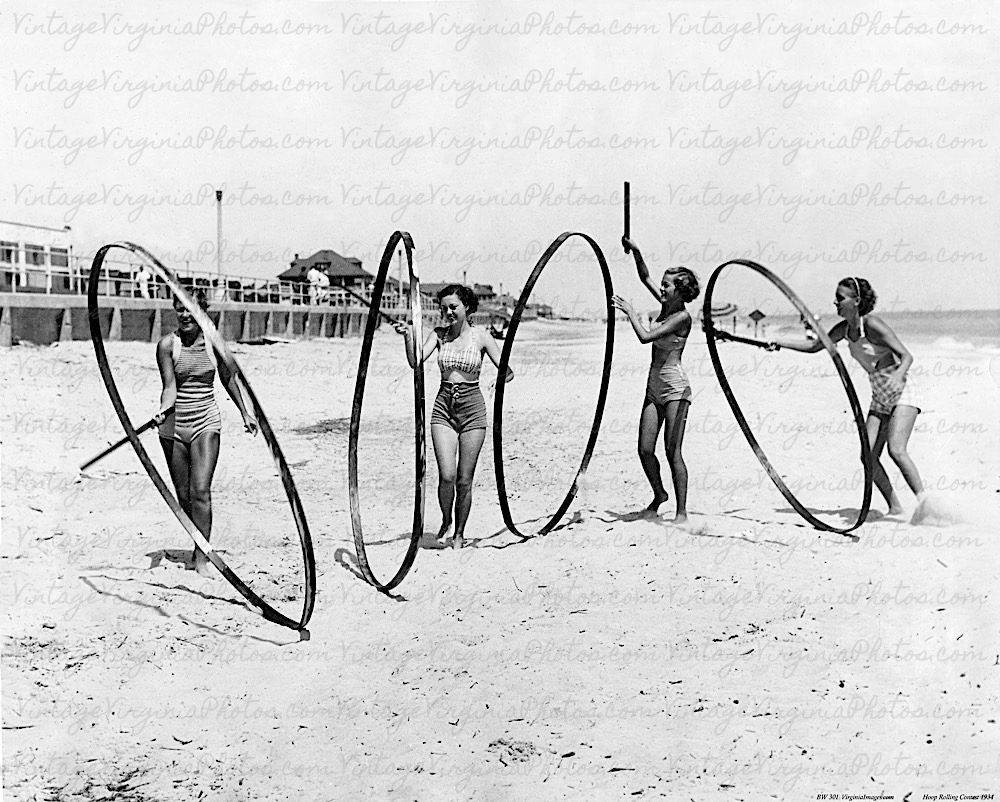 bw-vb0070-girls-with-hoops-on-beach-1934