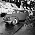 bw-no0038-ford-assembly-line-1940