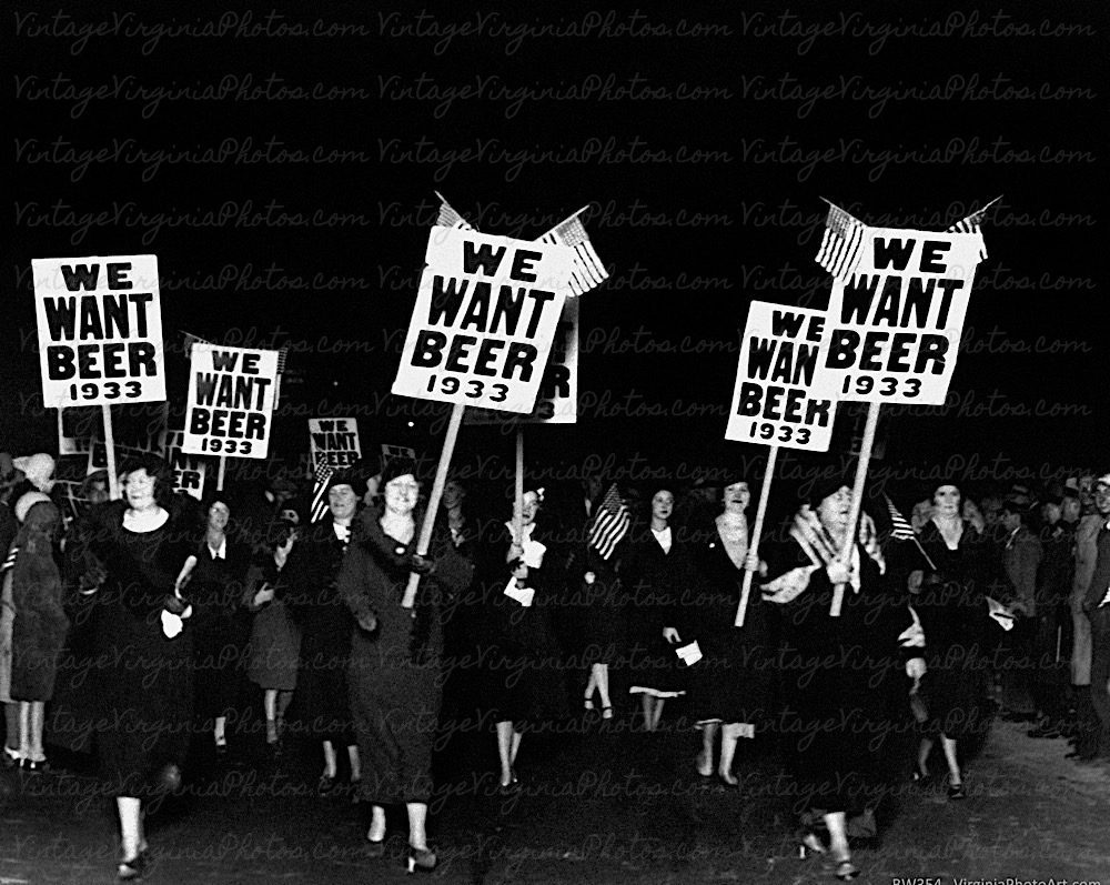 bw-no0045-we-want-beer-women-1933